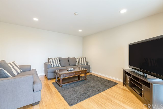 640  The Village #105 105, Redondo Beach in Los Angeles County, CA 90277 Home for Sale