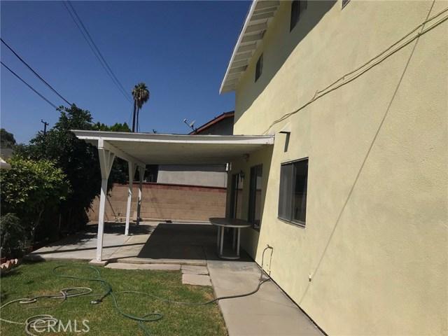 11952 Cherrylee Drive, Los Angeles CA: http://media.crmls.org/medias/f968a9a7-b11c-4d9d-b750-bb1b5907356c.jpg