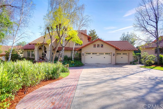 Single Family Home for Sale at 10649 Boulder Canyon Road Alta Loma, California 91737 United States