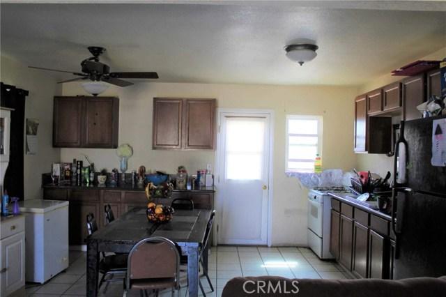 1475 W 5th Street, San Bernardino CA: http://media.crmls.org/medias/f9716553-d2a0-462e-9ed2-760c92c50ef6.jpg