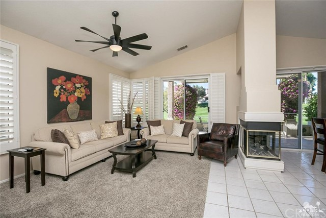 42661 Turqueries Avenue, Palm Desert CA: http://media.crmls.org/medias/f98294d1-0a6a-4f90-a942-7bd8bb48d348.jpg