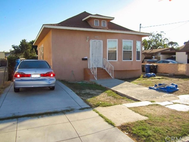 1174 41st Place Los Angeles CA 90011