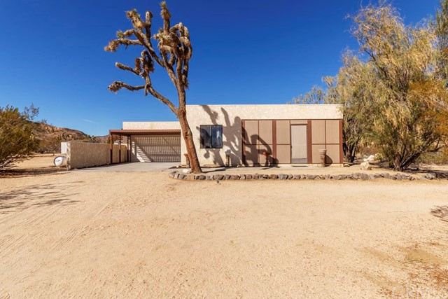 55621 Pipes Canyon Rd, Yucca Valley, CA 92284 Photo