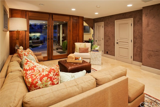 2314 Ocean Drive, Manhattan Beach CA: http://media.crmls.org/medias/f99f1d3c-70a7-4d97-a894-66ab3b5149d9.jpg