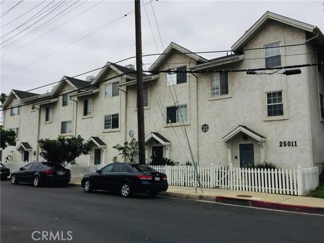 25011 Frampton Avenue, Harbor City, California 90710, 3 Bedrooms Bedrooms, ,1 BathroomBathrooms,Townhouse,For Sale,Frampton,SB19161935