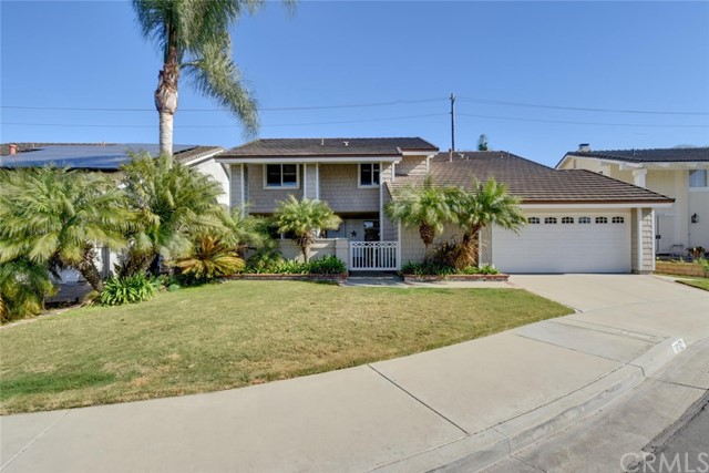 18152 Lakepoint Lane, Huntington Beach, CA, 92647