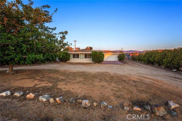 7438 Balsa Avenue, Yucca Valley CA 92284