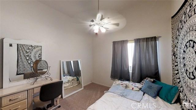 68670 San Felipe Road, Cathedral City CA: http://media.crmls.org/medias/f9b89aca-395a-41f3-b417-5f00f6229388.jpg