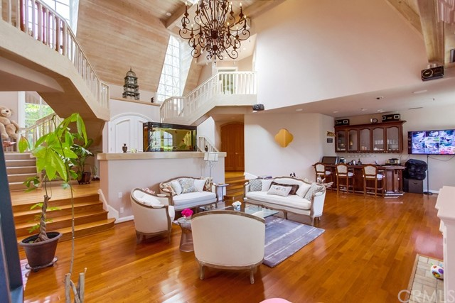 Single Family Home for Sale at 1484 Rutherford Drive Pasadena, California 91103 United States