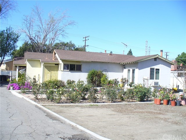 9772  santiago blvd 92867 - One of Cheapest Homes