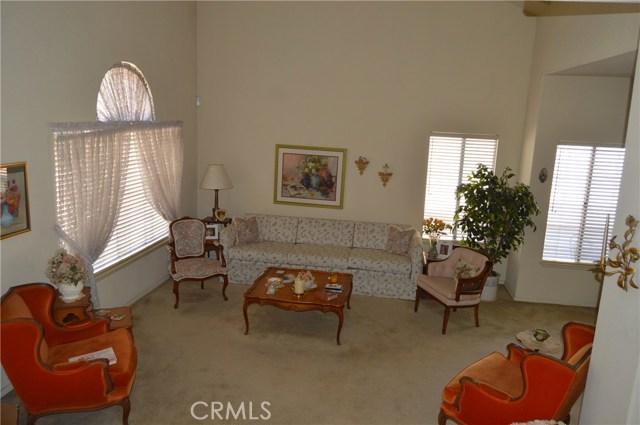 35610 Balsam Street, Wildomar CA: http://media.crmls.org/medias/f9cb6866-d0be-4265-9153-e93f14134dab.jpg