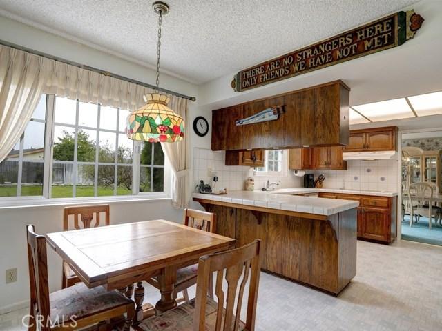 581 Doverlee Drive, Santa Maria CA: http://media.crmls.org/medias/f9cfc6f2-7532-4c44-855c-d2135779ded6.jpg