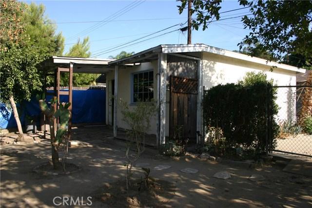 15808 Victoria Avenue, La Puente CA: http://media.crmls.org/medias/f9d7bbec-ef12-485b-b8b1-90c3c648ad1e.jpg