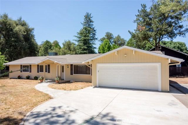 40768 Griffin Drive, Oakhurst CA: http://media.crmls.org/medias/f9d9d632-58bf-4639-8e25-8489b7670a60.jpg