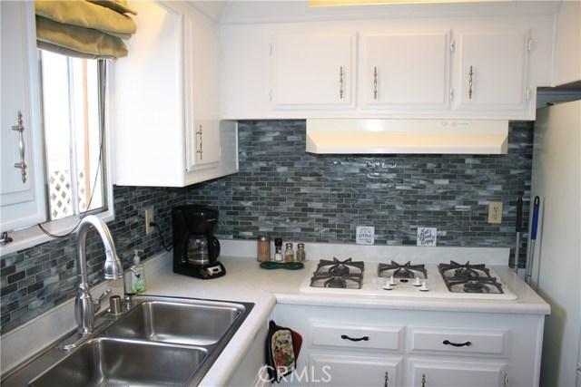 24815 S Normandie Avenue, Harbor City CA: http://media.crmls.org/medias/f9dbd3d0-2455-4e58-abc0-de347829ea99.jpg