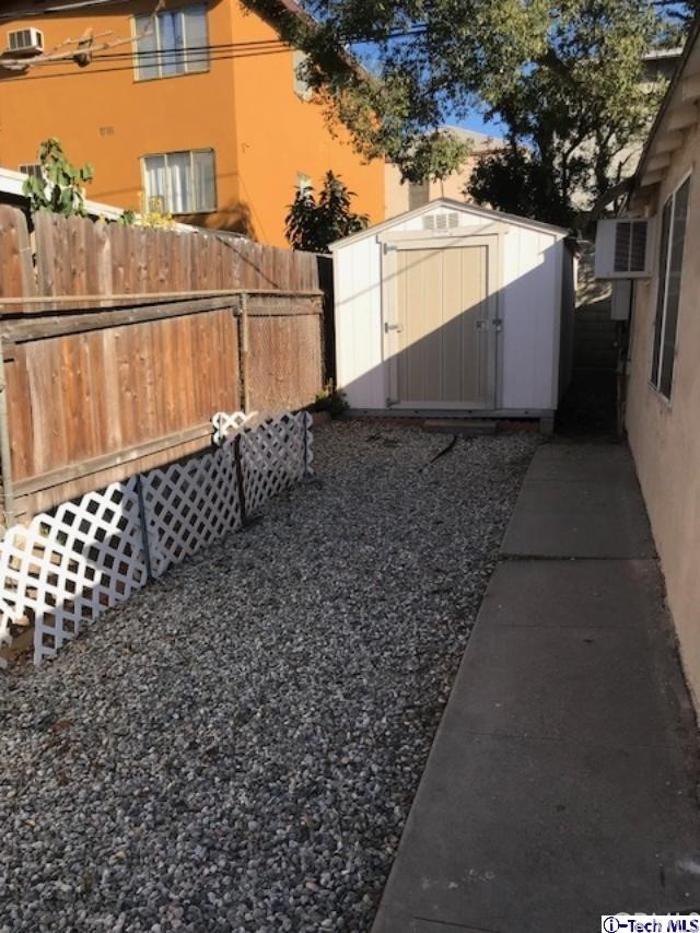 4421 Edenhurst Avenue, Los Angeles CA: http://media.crmls.org/medias/f9dfe67c-94d4-4a0e-b518-d41f027c9b45.jpg