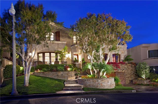 Single Family Home for Sale at 174 Shorecliff Corona Del Mar, California 92625 United States