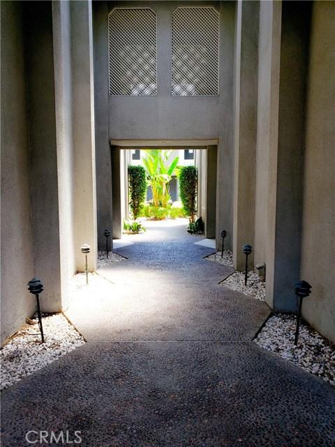 432 Sierra Madre Boulevard, Pasadena, California 91107, 2 Bedrooms Bedrooms, ,2 BathroomsBathrooms,Residential,For Rent,Sierra Madre,IV19142128