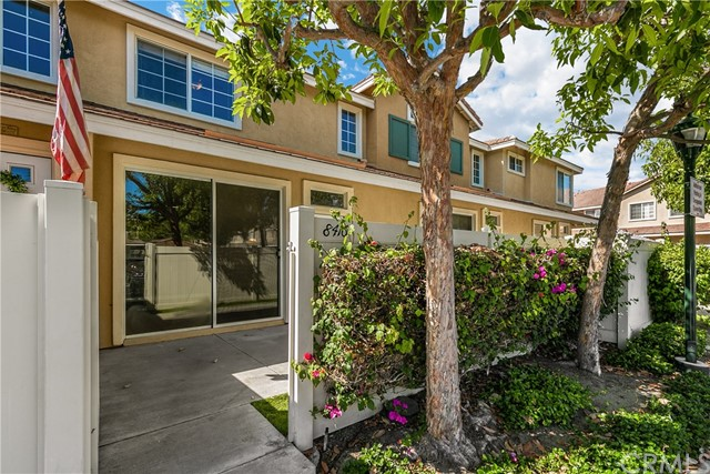 Detail Gallery Image 1 of 1 For 8416 E Ketchum Way #129,  Anaheim Hills,  CA 92808 - 3 Beds   2/1 Baths