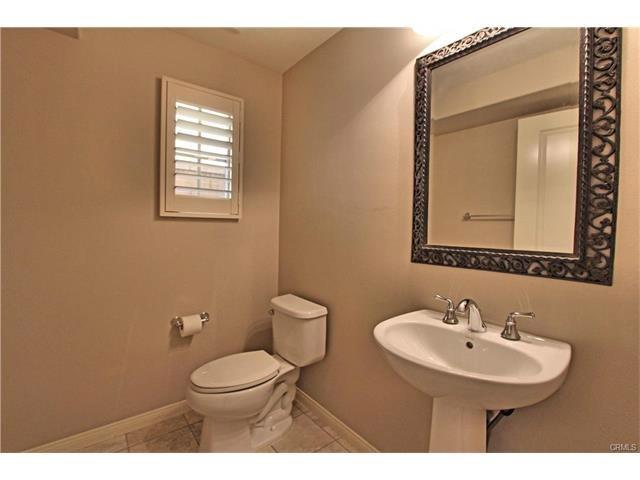 100 Bianco, Irvine, CA 92618 Photo 12