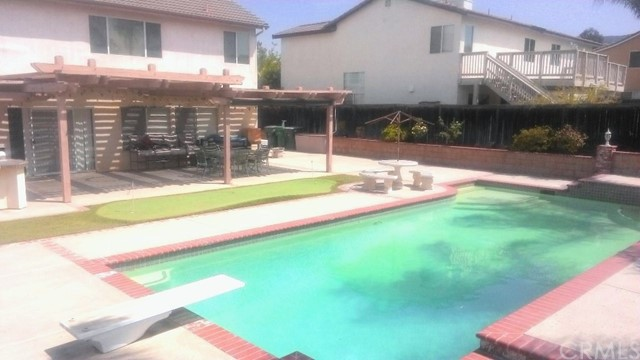 2956 Gilbert Avenue Corona, CA 92881 - MLS #: PW18166116