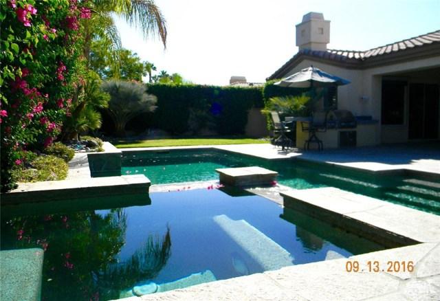 64 Laken Lane Palm Desert, CA 92211 is listed for sale as MLS Listing 216026286DA