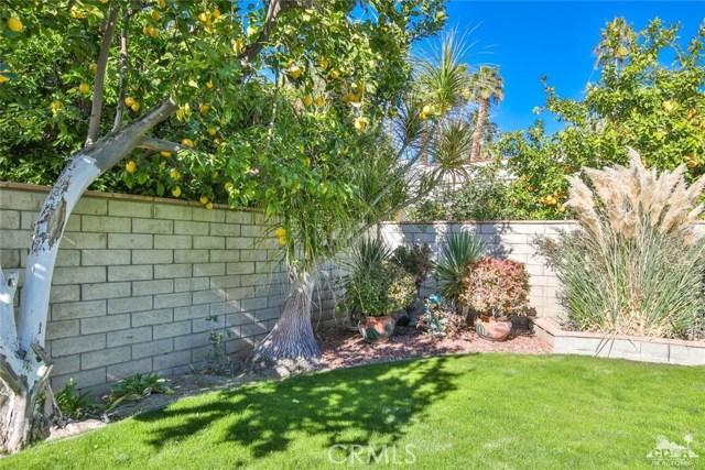 59 Sierra Madre Way, Rancho Mirage CA: http://media.crmls.org/medias/f9f6c99a-440c-4338-9bc4-80200bd40a27.jpg