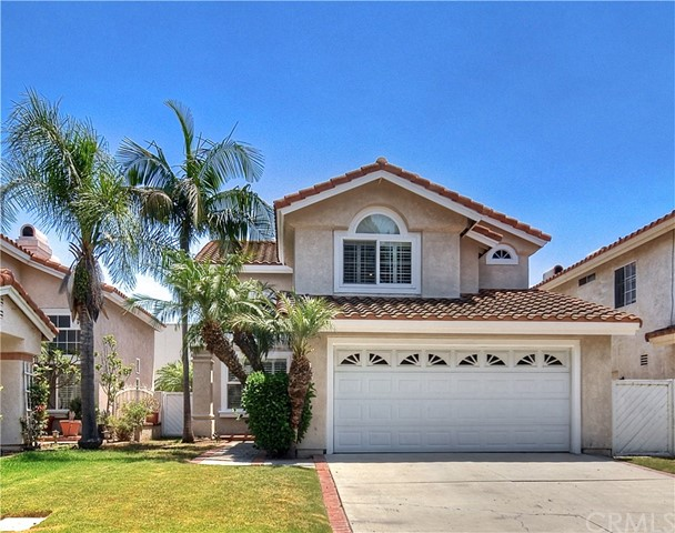 18592 Callens Circle Fountain Valley, CA 92708 is listed for sale as MLS Listing OC17146872
