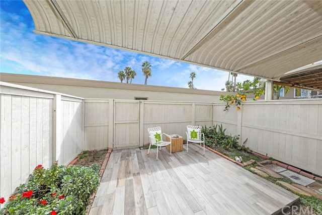 1074 Buckingham Lane Newport Beach, CA 92660 - MLS #: NP18035360