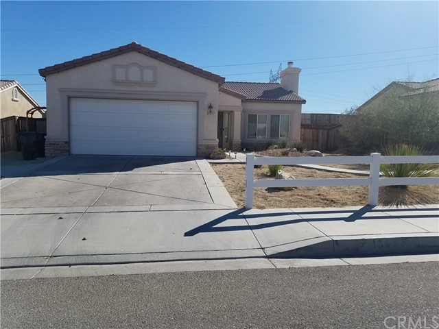 Detail Gallery Image 1 of 16 For 15957 Llanada Ave, Victorville, CA 92394 - 3 Beds | 2 Baths