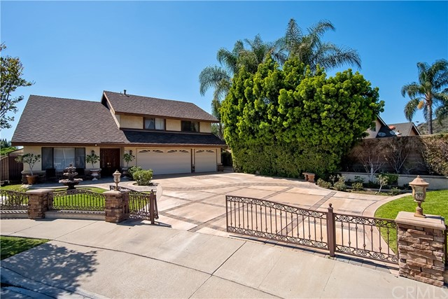 194 N Quail Lane, Orange CA: http://media.crmls.org/medias/fa082ae2-3ee3-4452-81d3-2157e0e37052.jpg