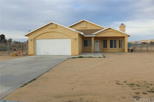 21956 Sioux Road,Apple Valley,CA 92308, USA