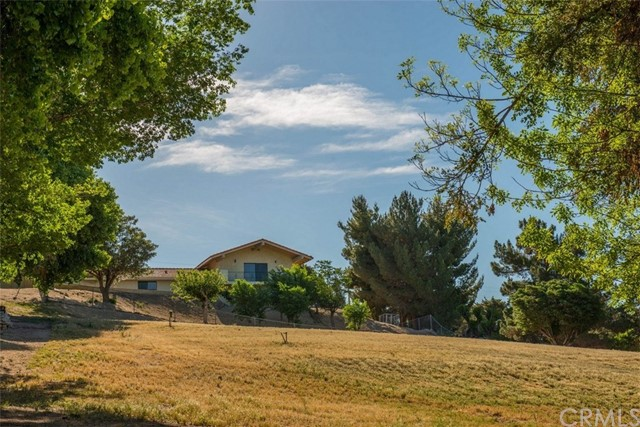 14160 Riverside Drive Apple Valley, CA 92307 - MLS #: CV18180870