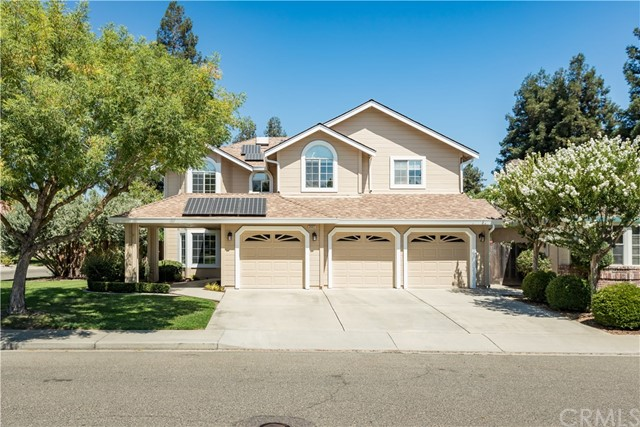 Detail Gallery Image 1 of 1 For 2441 Castleview Dr, Turlock, CA 95382 - 4 Beds   3/1 Baths