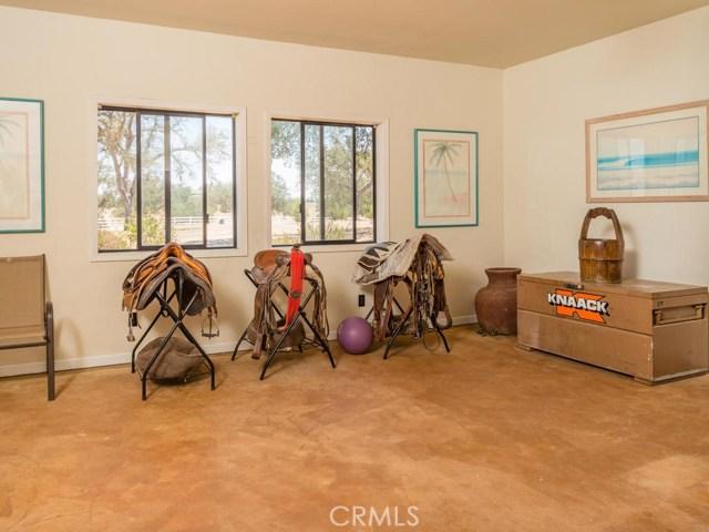 6750 Golden Pheasant Lane Creston, CA 93432 - MLS #: NS18093430