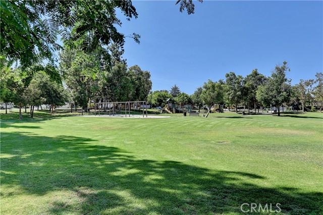 24961 Hon Avenue, Laguna Hills CA: http://media.crmls.org/medias/fa30f1e1-250e-4f7b-9385-947756caeef3.jpg