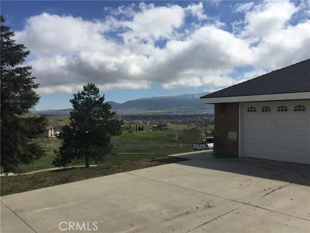 Single Family Home for Sale at 23965 Marigold Avenue Tehachapi, California 93561 United States