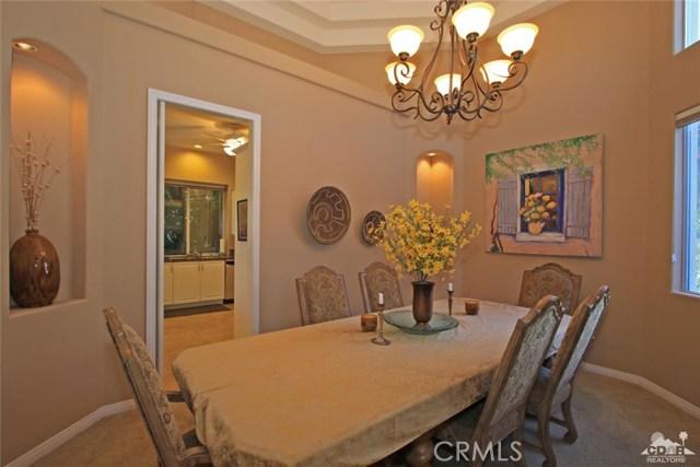 7 Dickens Court, Rancho Mirage CA: http://media.crmls.org/medias/fa3c09a2-a8bb-4c0a-b14f-67dbba61bf3c.jpg