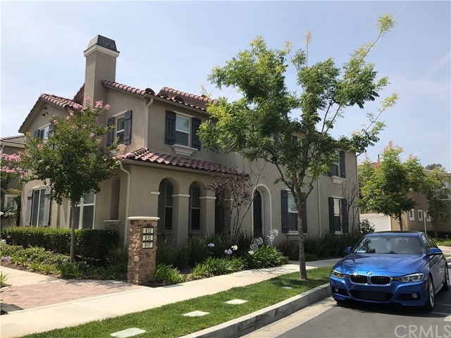 Single Family Home for Rent at 917 Woodbine Way N Azusa, California 91702 United States
