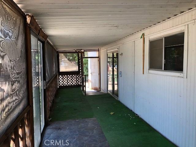 14895 Lotawana Avenue, Clearlake CA: http://media.crmls.org/medias/fa4423a7-538d-422a-8077-136d0006c520.jpg