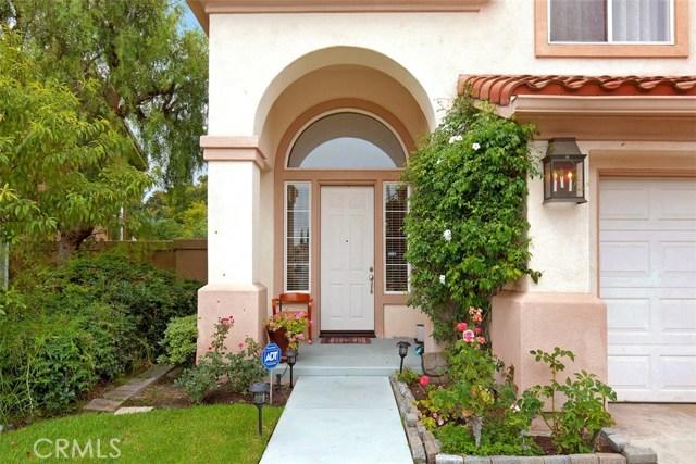 16 Calavera, Irvine CA: http://media.crmls.org/medias/fa476031-7995-459b-ab28-44b0f9f07b87.jpg