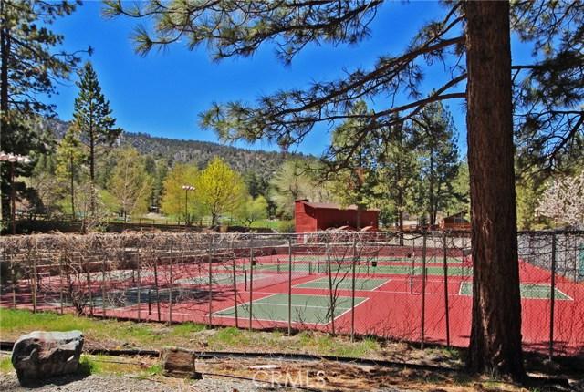 2037 Mojave Scenic Drive, Wrightwood CA: http://media.crmls.org/medias/fa4fee04-7935-4291-babe-527966075970.jpg