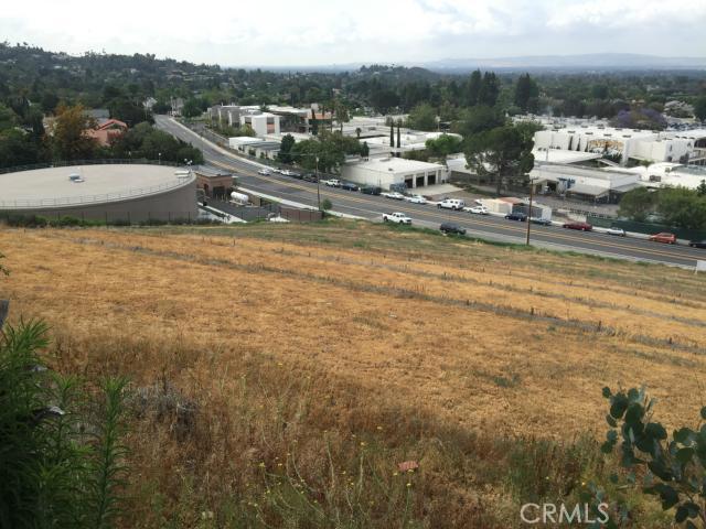 13221 Cole Lane, North Tustin CA: http://media.crmls.org/medias/fa547f74-a0b5-4e53-97aa-a0ac57667658.jpg