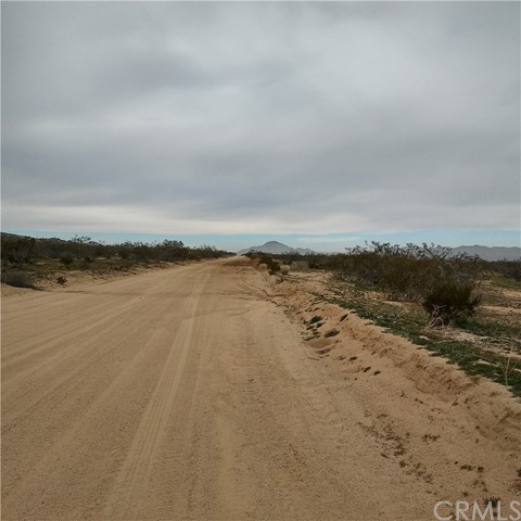 0 Johnson Rd, Apple Valley CA: http://media.crmls.org/medias/fa5d6789-3ca1-454f-aa97-9d8e819f5182.jpg