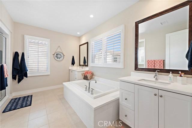190 Villa Ridge, Irvine CA: http://media.crmls.org/medias/fa6f9eee-bbde-404f-b06e-2ed537050b14.jpg