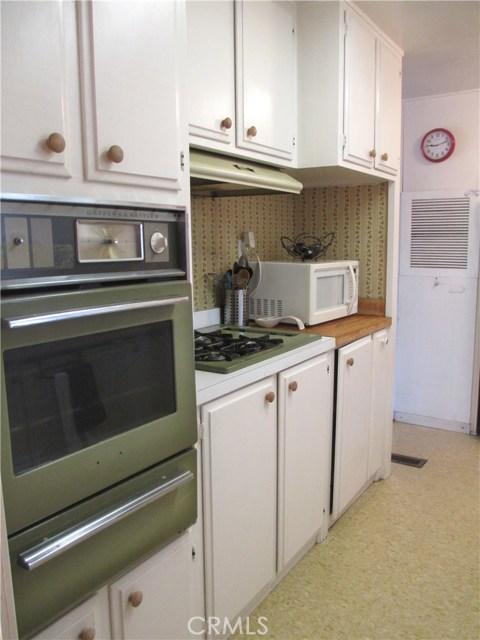 1630 barranca Avenue, Glendora CA: http://media.crmls.org/medias/fa7c2ae0-2c20-489d-96d9-ac19cfd1bc20.jpg