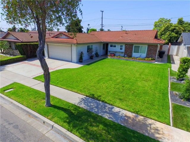 Detail Gallery Image 1 of 17 For 6651 Lenore Ave, Garden Grove, CA 92845 - 3 Beds   2 Baths
