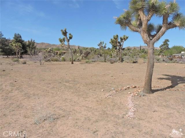 8040 Sage Avenue, Yucca Valley CA: http://media.crmls.org/medias/fa916d4c-ab5f-40ce-9d49-e3dae4d9326c.jpg