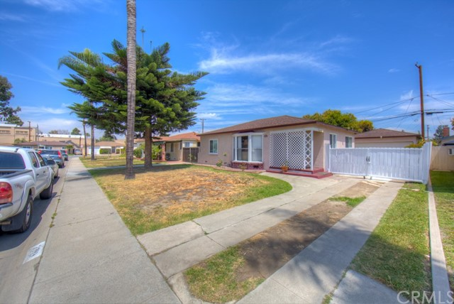 2752 Regway Ave., Long Beach, CA 90810 Photo 4