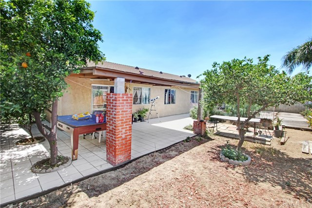 9964 Eugenia Avenue Fontana, CA 92335 - MLS #: TR18110384